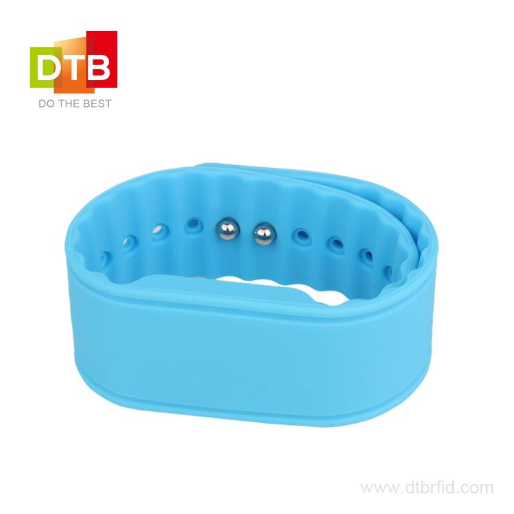 RFID硅胶腕带SW-07
