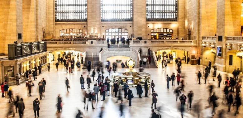 针对零售行业社交距离的自动人流存在检测解决方案