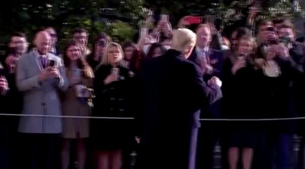 特朗普被封杀:怒斥科技巨头分裂美国