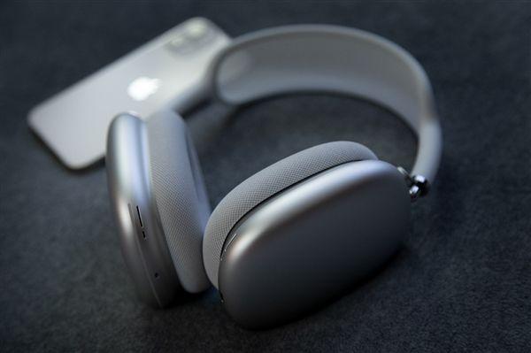 Apple Music新出的无损音乐服务:三款AirPods耳机无一支持