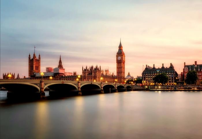 英国政府宣布将为185万处房屋带去千兆网络