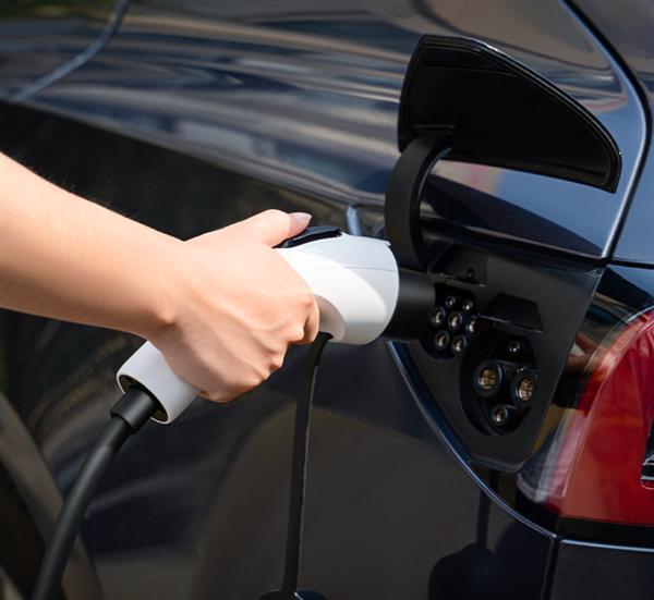 电动汽车充电造成社会用电紧张?乘联会推算:仅占千分之一